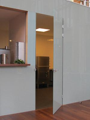 hardglazen deur